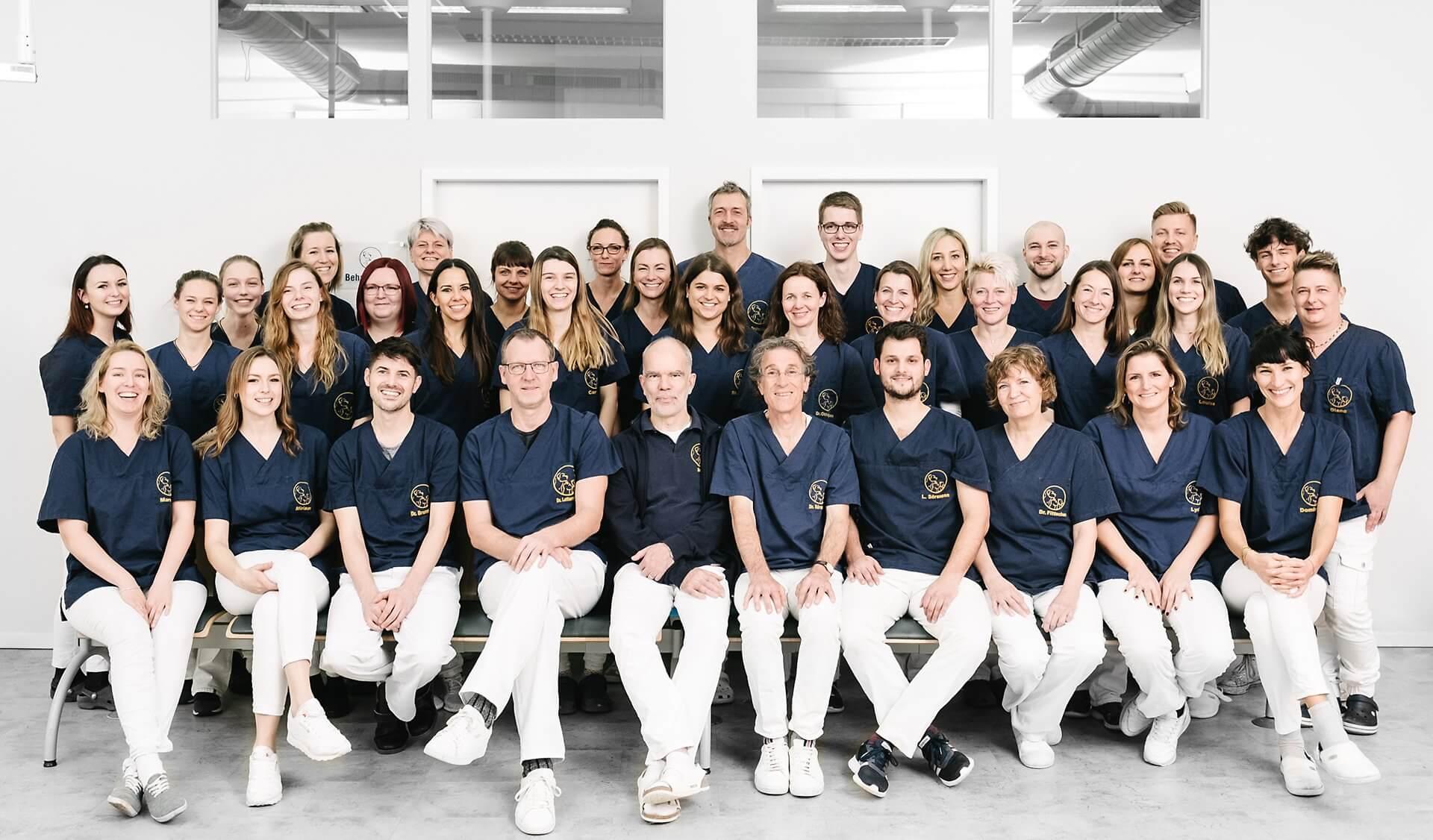 Teamfoto Tierarztpraxis Dr. Sörensen GmbH